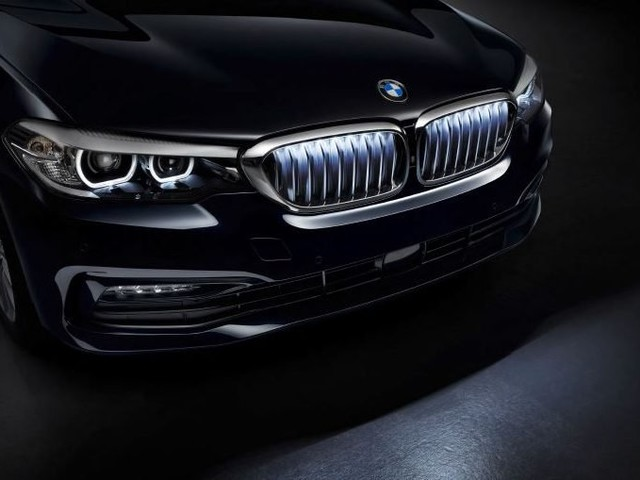 Glowing Grilles Are Coming Back?