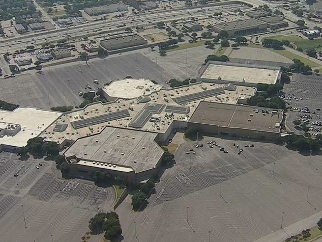 Residents Give Final Goodbyes To Collin Creek Mall Before It Officially Closes