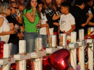 Many turn to El Paso's Catholic traditions after massacre