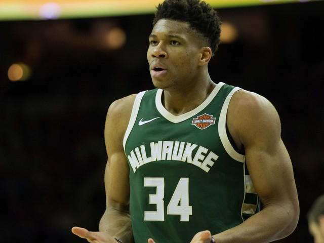 Game-winning shot but no tacos? Giannis Antetokounmpo left waiting at restaurant