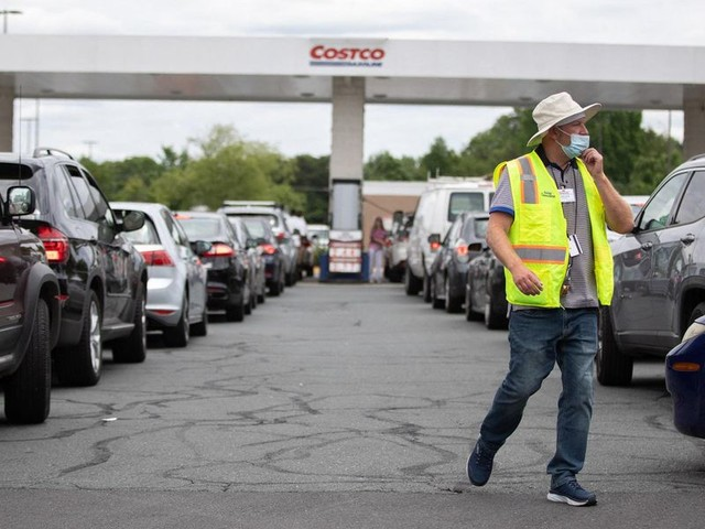 Multiple governors declare state of emergency over gas shortages amid Colonial Pipeline outage
