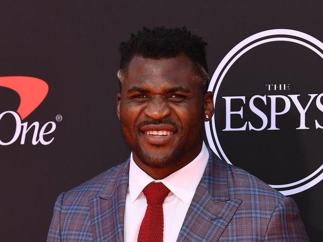 Ngannou calls out Volkov again, Volkov responds