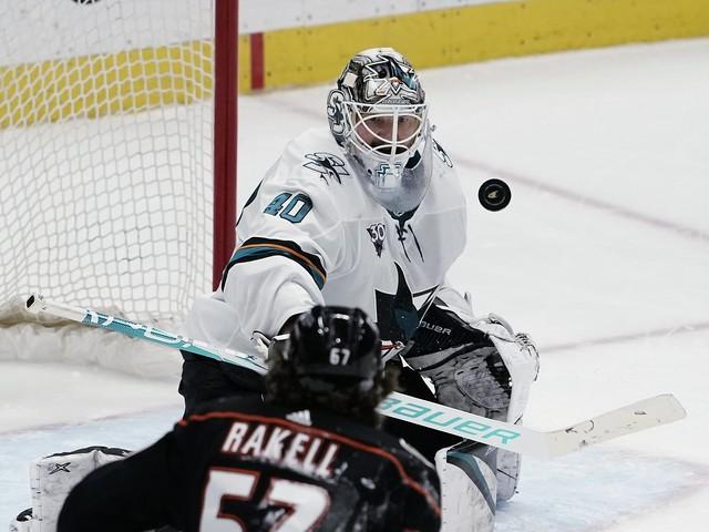 Sharks beaten by Ducks in shootout