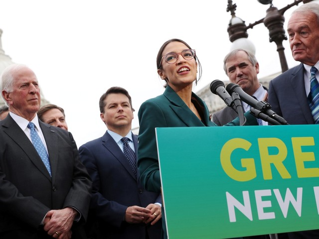 Rick Perry, a champion of oil and gas, doesn't think Alexandria Ocasio-Cortez should be 'pushed aside' over her Green New Deal