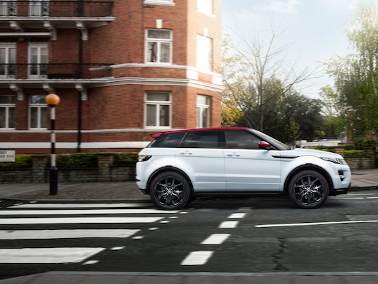 Range Rover Evoque Plug-In Hybrid Allegedly Coming In 2019