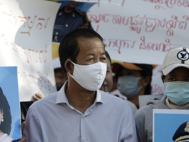 Cambodian labor leader arrested for political comments