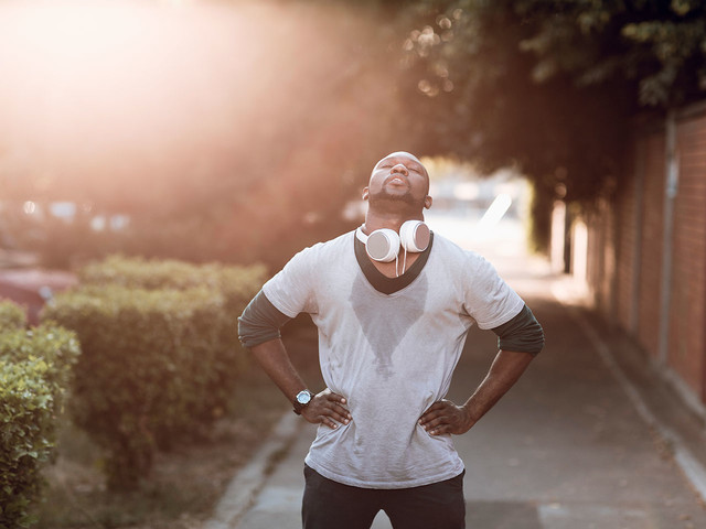 11 ways to prevent heat exhaustion during a workout