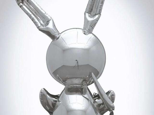 Jeff Koons's 'Rabbit' Sells for $91.1 Million