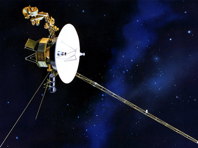 Voyager 1 detects 'hum' while in interstellar space