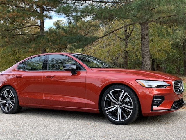 Review: Volvo's 2019 S60 Sedan Offers a Striking Sensus Infotainment Display and CarPlay, but Usability Needs Some Work