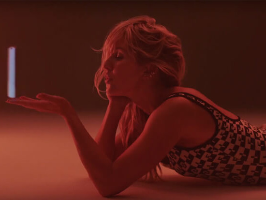 "Ellie Goulding Drops A Video For Her Juice WRLD Collab ""Hate Me"""