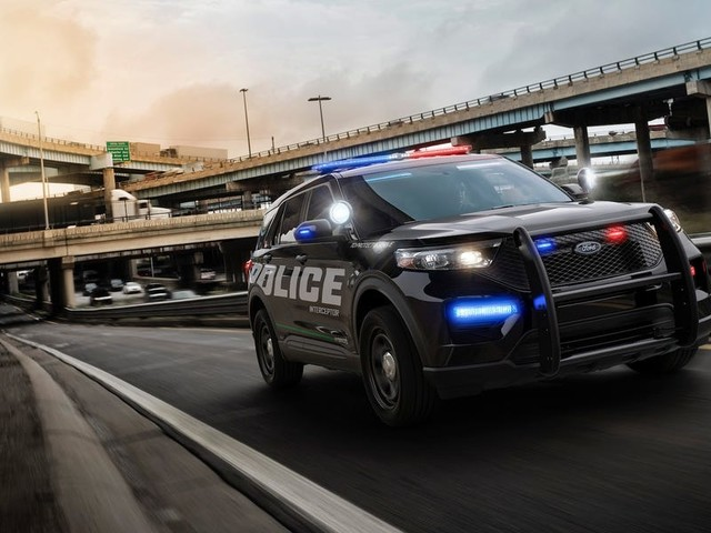 Ford made its police SUV heat itself up to more than 133 degrees to kill the coronavirus (F)