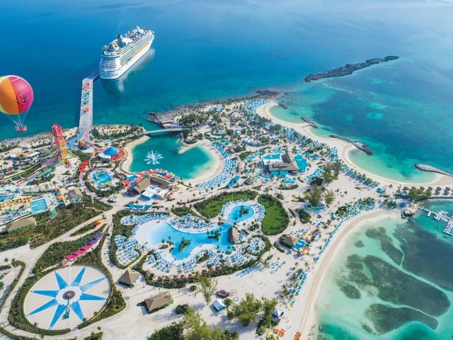 Who is maintaining Perfect Day at CocoCay while there are no cruises?
