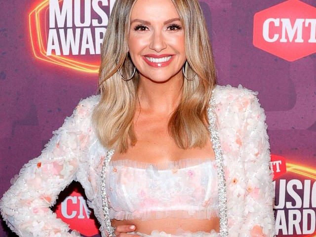 CMT Awards 2021 Red Carpet Fashion: See Every Look as the Stars Arrive