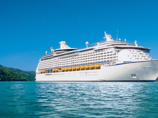 2 passengers tested positive for COVID-19 on a 'fully vaccinated' Royal Caribbean cruise
