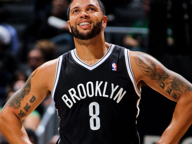 Congrats to Deron Williams for finessing the Nets 3 years after retirement