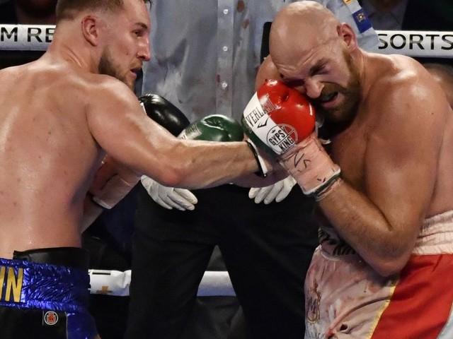 Fury's father criticizes son's performance against Wallin