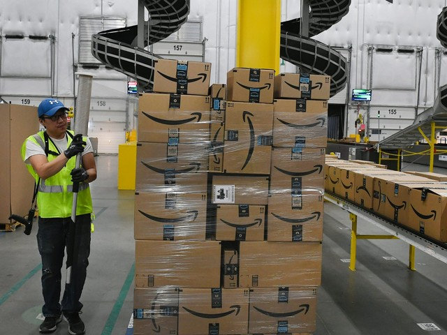 Amazon Prime customers are gleefully buying more and more because of its one-day delivery announcement — even though the service barely exists right now (AMZN)