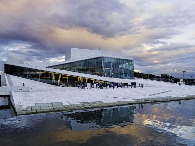 Finnair – $517 (Regular Economy) / $394 (Basic Economy): Chicago – Oslo, Norway. Roundtrip, including all Taxes