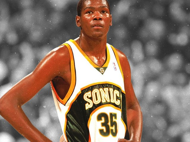 The Final Days of the Sonics: Lawsuits, Backroom Politics, and a Confused Kevin Durant