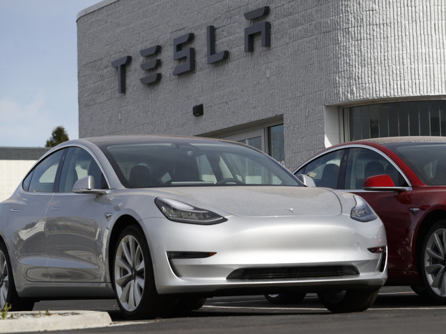 Tesla plunges to 2.5-year low after analyst who cut his price target for the 4th time this year warns it's facing a 'code red situation' (TSLA)