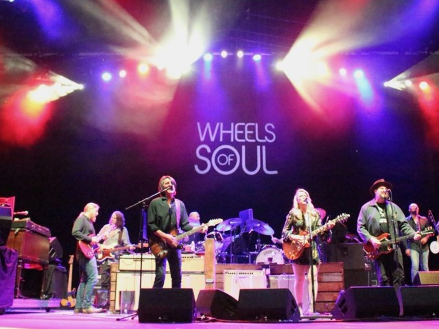 Tedeschi Trucks Band Debuts Neil Young Cover With Members Of Drive-By Truckers