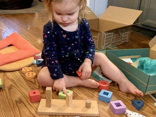 This affordable subscription box for babies and toddlers support my daughter's development with fun and educational projects designed by experts