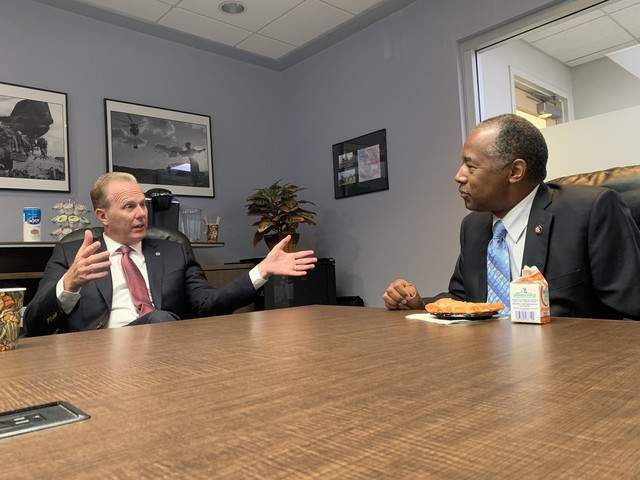 Mayor Faulconer Meets with HUD Secretary to Discuss Housing, Homelessness