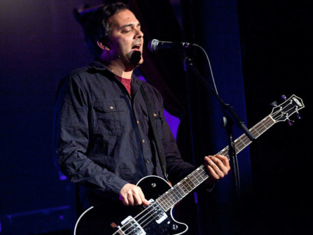 Fountains Of Wayne's Adam Schlesinger Hospitalized With COVID-19