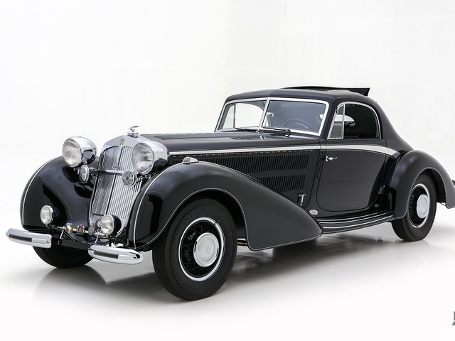 1937 Horch 8