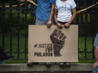 Jury In Philando Castile Case Packed with White, Middle-Aged, Gun-Loving Police Supporters