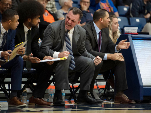 Russell Turner makes UCIrvine history with win at Cal State Fullerton