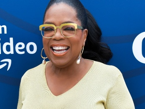 Oprah Says Rebooting Her Talk Show Would Be Something She'd Love to Make Happen