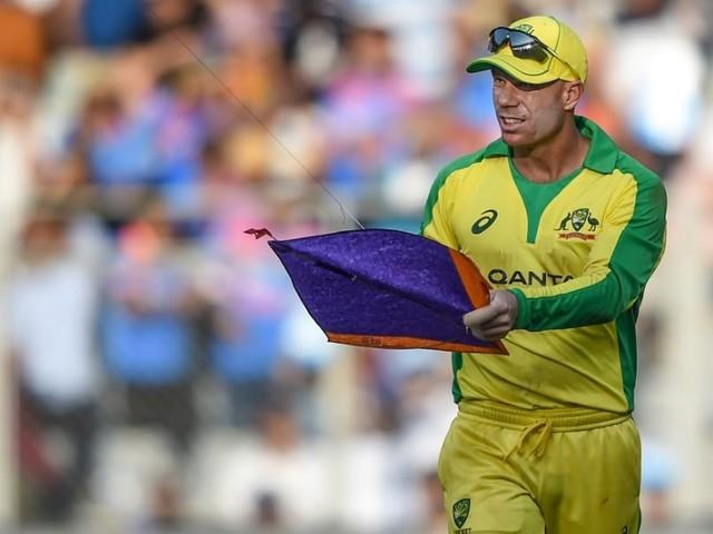 """Watch: David Warner's Hilarious Take On """"Bizarre"""" Stoppage During 1st ODI"""