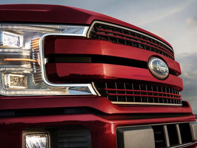 2021 Ford F-150 Looks to Avoid Enemies