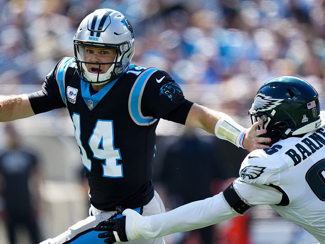 Hurts runs for 2 TDs, Eagles come back to top Panthers 21-18