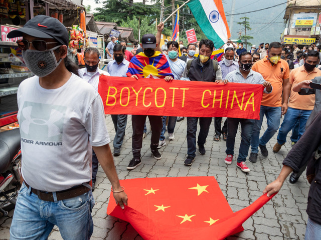 China claims valley where Indian, Chinese troops battled