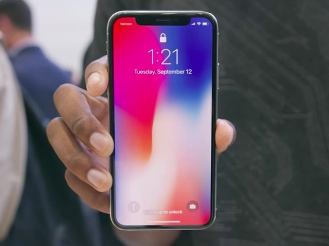 Worried About Demand, Apple Tells iPhone X Suppliers To Slow Down Component Delivery