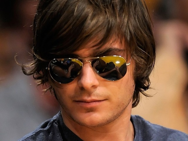 Zac Efron Uses Swag To Sway Security