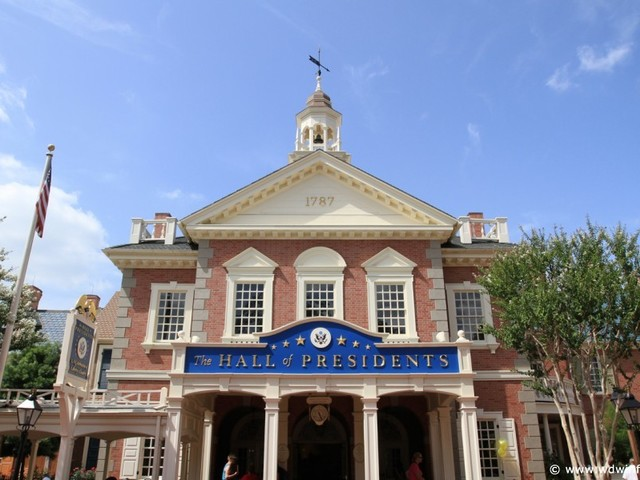 Connecting with Walt: Magic Kingdom's Hall of Presidents