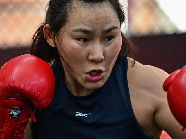 Yan not thrilled with Namajunas' comments about Zhang