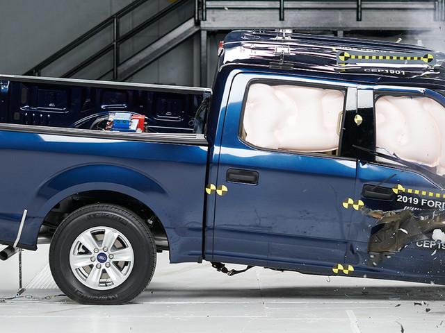 Pickups struggle with passenger-side test