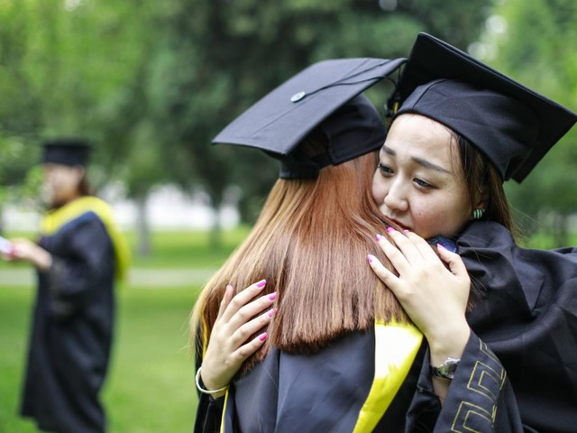 Federal government releases earnings data for thousands of college programs