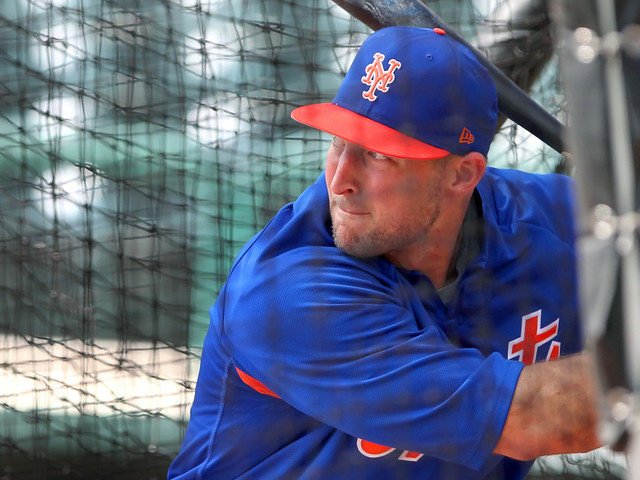 Tebow Enters Mets Spring Training 'All In' On Baseball