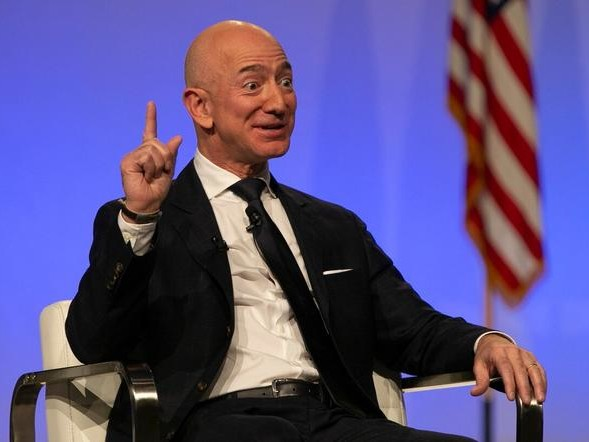 "Amazon Accuses Trump Of ""Seeking To Harm Political Enemy Jeff Bezos"" In Awarding JEDI Contract To MSFT"