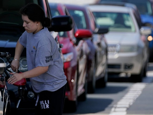 Fuel shortages crop up in Southeast, gas prices climb after pipeline hack