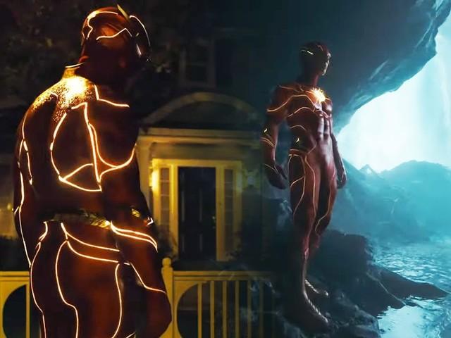 The Flash: Full Look At Ezra Miller's Costume