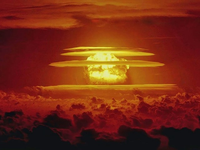 A full-scale nuclear winter would trigger a global famine. A disaster expert put together a doomsday diet to save humanity.