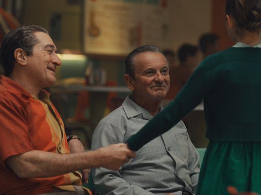 How 'The Irishman' Costume Designer Sandy Powell Juggled 102 Wardrobe Changes for Robert De Niro