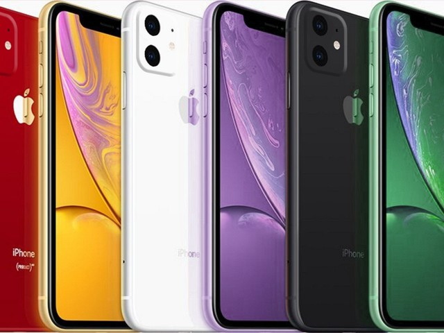 The Next iPhone XR Will Supposedly Have a Nearly 6% Larger Battery